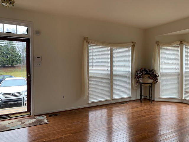 32 W Kyla Marie Dr, Newark, Delaware 19702, 3 Rooms Rooms,2 BathroomsBathrooms,House,For Rent,W Kyla Marie Dr,1092