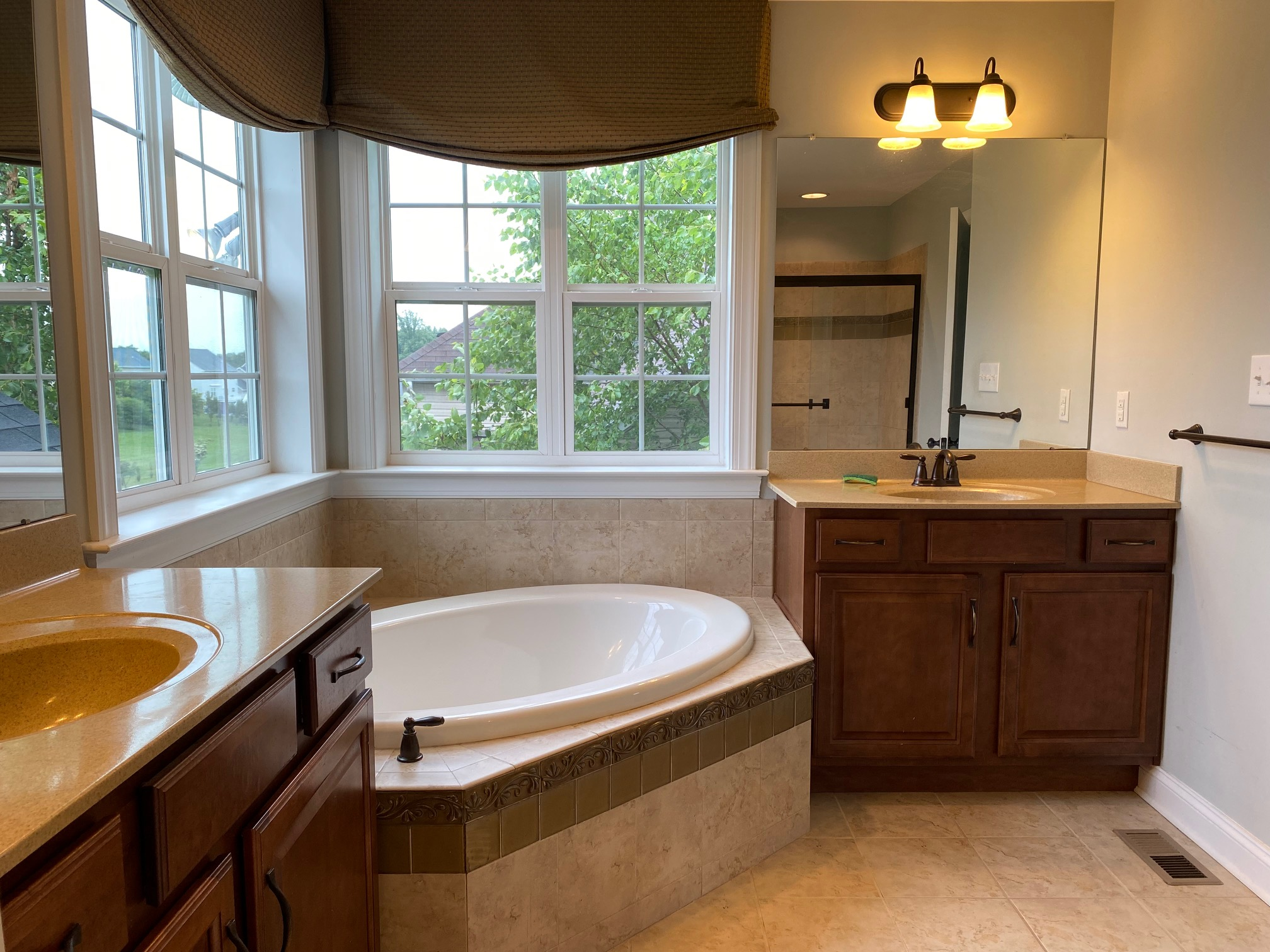 301, Hockessin, Delaware 19707, 4 Rooms Rooms,3 BathroomsBathrooms,House,For Rent,1160